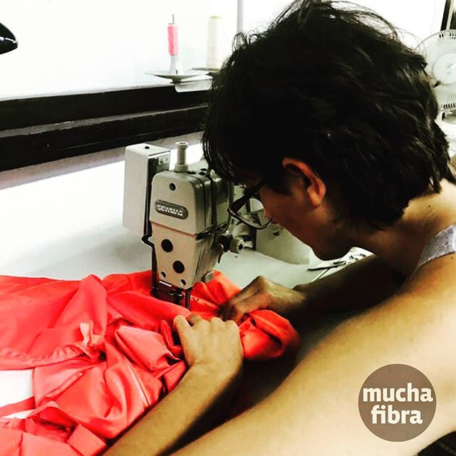 Alquiler de maquinaria  Contactanos al 935 665 157 ????#muchafibra #coworking #workshop #startup #nomada #coworkers #fromallovertheworld #patterndrafting #moda #sewing  #barcelona