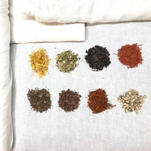 descubre los tintes y mordientes naturales km0 en barcelona