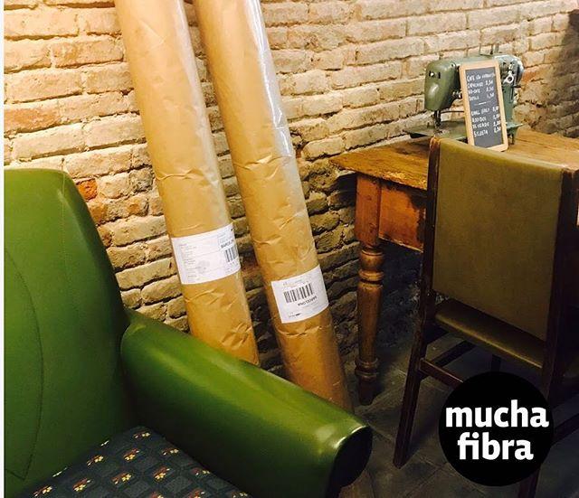 Encantados en nuestro café couture recibiendo nuevos #tejidos  #muchafibra #cafecouture  #coworking #modabarcelona #cursos #coworkingbarcelona