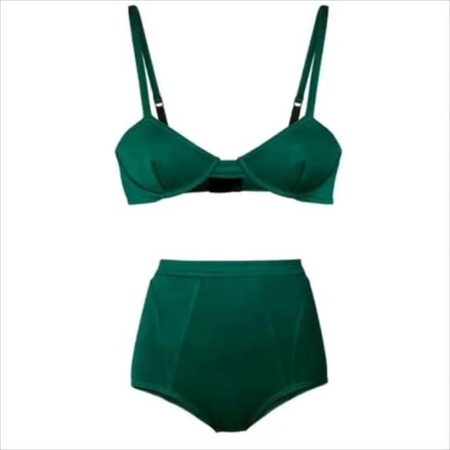 #greenfriday 20%OFF en nuestros CURSOS permanentes!! #Patronaje #Bikiniylencería #Marroquinería•¡Del 21 al 23 de Noviembre!•Aprovecha ! Es tu momento ! +info ️ 935665157.•#muchafibra #muchafibrabcn #greenfriday #patronaje #lenceria #bikini #marroquineria #modabarcelona #cursosmoda #barcelona #modabcn #handmade #diy #diseño #diseñadoresemergentes