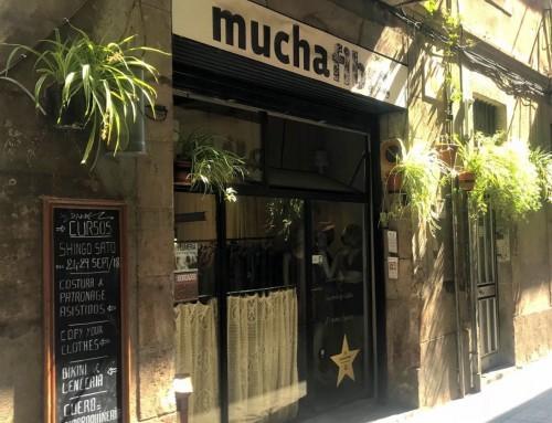 El proyecto «Escaparates, más que fachadas» quiere dinamizar comercialmente las calles del Raval
